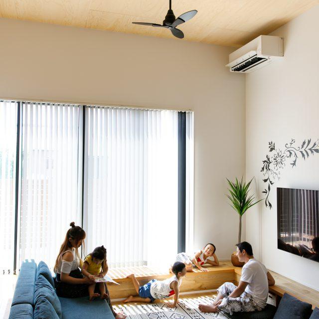 【ルームツアー】延床31坪 / 木造2階建て / 長~い土間とアウトドアリビングが素敵な5人家族のお家